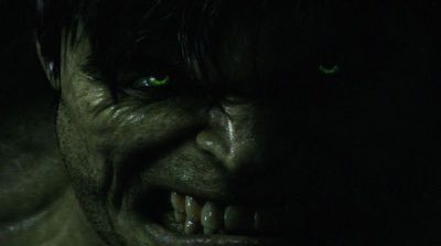angry_green_eyed_hulk_wallpaper_-_800x600